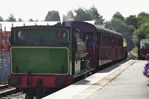 Train arriving at Moor Road